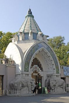 The Budapest --ZOO-- Art Nouveau Style entrance, Hungary Art Nouveau Architecture, Amazing Architecture, Architecture Details, Prague, Oh The Places You'll Go, Places To Visit, Zoo Art, Europe Centrale, Capital Of Hungary