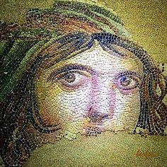 """"""" Müzede sengilenen Çingene Kızı mozaiği / The """"Gypsy Girl"""" is in Zeugma Mosaic Museum. """" Kültürel Miras ve Turizm / Cultural Heritage and Tourism : Zeugma Mozaik Müzesi; 9 Eylül 2011 tarihinde Gaziantep'te açılan ve 1700 metrekarelik mozaik ile Dünya'nın en büyük mozaik müzesi olma özelliğini taşıyan müzedir. / Zeugma Mosaic Museum, in the town of Gaziantep, Turkey, is the biggest mosaic museum on the world, containing 1700m2 of mosaics. It opened to the public on 9 September 2011"""