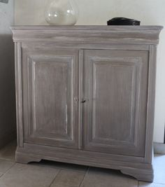 Bahut Relooké Louis Philippe DeCORin Idées Conseils Meubles - Peindre meuble en chene vernis