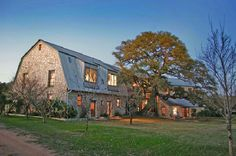 Stone barn conversion in Texas Hill Country: Blanco Residence Texas Hill Country, Country Barns, Old Barns, Dream Barn, My Dream Home, Dream Homes, Future House, My House, Ohio House