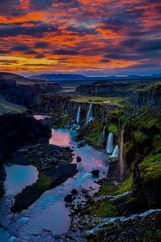 Sigöldugljúfur waterfall near Landmannalaugar in Iceland. Click for the full list of the most beautiful waterfalls in Iceland. #Iceland #europe #photography #travel #travelguide #explore #wanderlust #bucketlist #travelling #tra