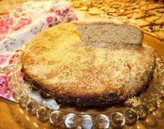 Αλάδωτη μελόπιτα Cornbread, Ethnic Recipes, Food, Millet Bread, Corn Bread, Meals