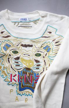 Currently on sale in my ebay: this very cool tiger Kenzo pullover. Size M