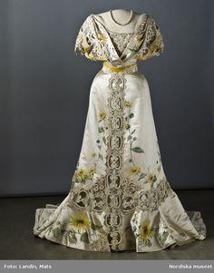 Evening Dress    1907    Nordiska Museet