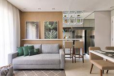 Gray sofa: 85 ideas on how to use this versatile furniture for decoration Decoration Design, Decor Interior Design, Interior Decorating, Kitchen Cabinets Decor, Cabinet Decor, Living Room Sofa, Living Room Decor, Cozy Sofa, H Design