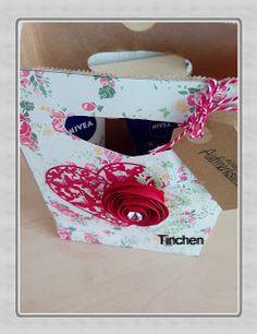 Tinchens - Bastelblog: Eine Geschenktüte