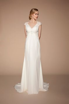 Elegant dress from the new Tia Bridal collection - perfect for the beach or a 20s theme
