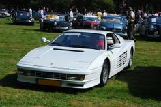 1986 Ferrari Testarossa - Miami Vice | The Sexiest Classical Cars In Movie History - Check them out at: http://www.buzzfeed.com/audreyw11/the-sexiest-classical-cars-in-movie-historythe-sex-gsnz
