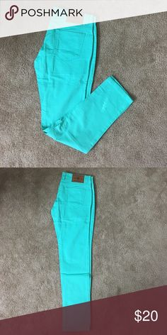 NWOT....colored pants..!! Comfy cotton pants.....great for work.....sea greenish color..!! American Swan Pants Skinny