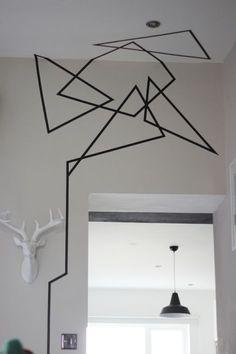 Muster In Schwarz Weiß Wandgestaltung Mit Farbe Einrichtungsbeispiele  Schwarz Weiß Wohnzimmer Einrichten Philippe Starck Lampen