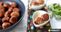 """""""Az igazi"""" svéd húsgolyók - túl híg alapból, zsemlemorzsa is kell bele Beef Recipes, Dog Food Recipes, Dinner Recipes, Green Eggs And Ham, Pretzel Bites, Hamburger, Almond, Bacon, Pork"""