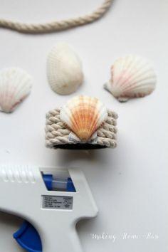 shell and rope nautical napkin rings.