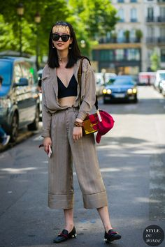 Haute Couture Fall / Winter 2017/18 Street Style: Striped look by STYLEDUMONDE Street Style Fashion Photography0E2A9880