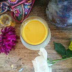 La leche dorada es una bebida reconfortante, dulce y deliciosa con propiedades antiinflamatorias, antioxidantes y relajantes.