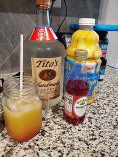 Liquor Drinks, Cocktail Drinks, Fun Drinks, Alcoholic Drinks, Pineapple Vodka Drinks, Drinks With Grenadine, Titos Vodka Recipes, Alcohol Drink Recipes, Smoothie Drinks