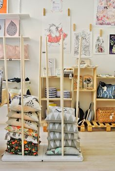 great pillow display love that the cushions can be seen from all sides market stall ideas. Black Bedroom Furniture Sets. Home Design Ideas
