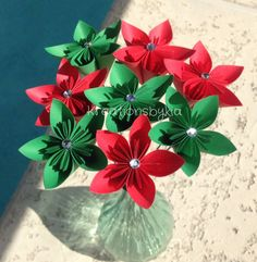 Holly Jolly// Origami/Kusudama Flower Bouquet/ by kreationsbykia