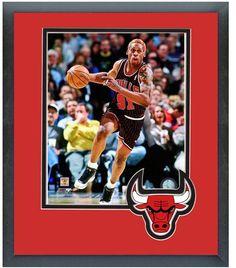 Dennis Rodman 1996-97 Chicago Bulls - 11 x 14 Team Logo Matted/Framed Photo