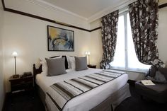 The Pont Royal Hotel Paris boutique hotel offers fine-dining and stylishly decorated rooms in a beautiful building on the left bank of the River Seine. Paris Nice, Pont Royal, Hotels In France, Paris Hotels, Saint Germain, Beautiful Buildings, Fine Dining, Hotel Offers, Best Hotels
