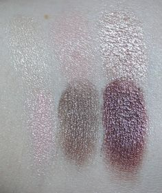 Essence Eyeshadow Palette in All About Nude  Swatches & review of the Essence All About Candies, Nude, Sunrise, & Paradise Eyeshadow Mini Palettes. You can purchase these from ULTA & they contain varying matte, satin, & metallic shades! Read more on All Things Beautiful XO | www.allthingsbeautifulxo.com