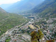 Manali is a popular honeymoon destination and famous for adventure sports and for those who have passion for thrills.