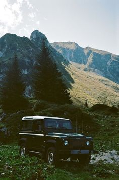 Land Rover, dream car! love me some jeeps