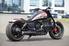 ▶ Moto Muscle Style - Enjoy all our muscle bikes. Are you ready? Bobber Bikes, Honda Motorcycles, Vintage Motorcycles, Honda Bobber, Goldwing Bobber, Honda Cruiser, Womens Motorcycle Helmets, Motorcycle Girls, Honda Valkyrie