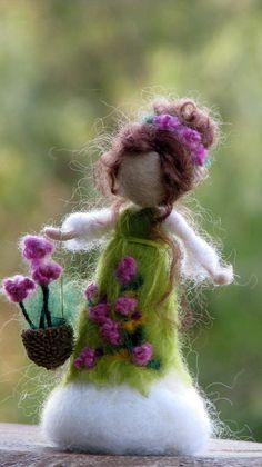 Muñeca de fieltro adorno aguja Waldorf de invierno muñeca