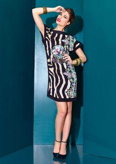 ESS ZEILA 9045  Vestido corto en chiffón animal print y detalles de fantasía