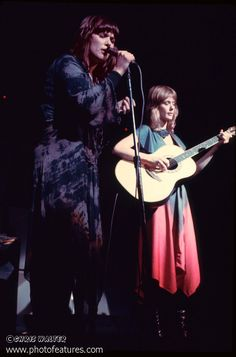HEART - Ann and Nancy Wilson - Heart 1970s