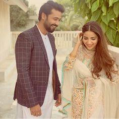 Pak Drama, Ayeza Khan, Pakistani Dramas, Social Media Influencer, Hollywood Celebrities, Beautiful Celebrities, Couple Pictures, Sari, Actresses