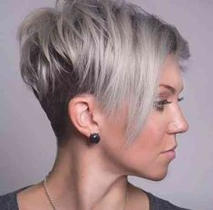 Funky Short Hairstyles for Round Faces Elegant 2018 Popular Funky Short Haircuts for Round Faces Funky Short Haircuts, Short Hair Cuts For Round Faces, Wavy Haircuts, Round Face Haircuts, Short Hair With Layers, Hairstyles For Round Faces, Short Hairstyles For Women, Fashion Hairstyles, Hairstyle Short
