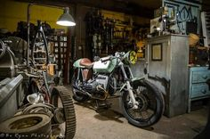 cafe racer bmw | ... ; damn, this guy has made one fine BMW Cafe Racer based on a R90