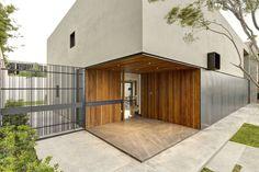 Casa OVal / Elías Rizo Arquitectos