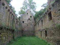 Op ongeveer 3 kilometer van Bad Sobernheim ligt een enorme kloosterruïne. Het klooster werd aan het eind van de 7e eeuwgesticht door Ierse monniken. Door de eeuwen heen heeft het klooster ontzette…