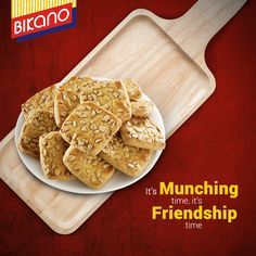 Cookies are always a pleasure to munch on and nothing accompanies fun moments with friends like a plate of #Bikano milk kaju cookies.