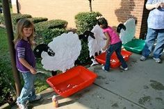 Just in time for FFA WEek or Ag Week in March. Start planning to include these ideas: shear the sheep, milk the cow, mend the fence, haul the hay, great activities for the farm This would be a good idea for Ag Day on the Farm! Farm Activities, Farm Games, Preschool Farm, Trinity Preschool, Animal Activities, Ag Day, Milk The Cow, Farm Unit, Farm Crafts