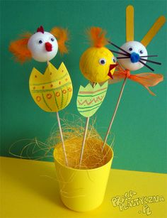 Easter Crafts, Crafts For Kids, Kindergarten, Creations, Barn, Christmas Ornaments, Holiday Decor, Ideas, Easter