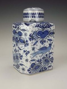 antique Dutch Delft tea caddy, blue and white birds and flowers decoration, square with cut corners and cap lid, The Netherlands/Holland Delft, Tea Canisters, Tea Tins, Blue And White China, Blue China, White Dishes, Tea Caddy, Tea Art, Pottery Making