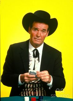 Piper was a fan of the Western comedy TV show with the personable James Garner starring as Bret MAVERICK Sadly, Mr. Garner recently passed away. Classic Movie Stars, Classic Movies, Maverick Tv, James Gardner, John Corbett, The Rockford Files, Comedy Tv Shows, James Scott, Tv Westerns