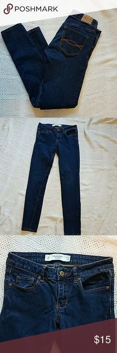 Abercrombie & Fitch skinny jeans These jeans have been worn a few times but are in excellent condition. It has a 26-inch waist and the length is 29 inches. Abercrombie & Fitch Jeans Skinny