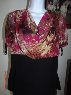 Maroon, gold & brown design top . Starting at $5 on Tophatter.com!
