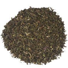 NANA MINT GESNEDEN (IJSTHEE SPECIAL) | Nana munt laat zich kenmerken door de frisse geur en smaak. De thee kwam in de eerste instantie bij theedrinkers onder de aandacht dankzij de grote hoeveelheden etherische oliën die de plant bevat. Deze oliën worden overigens ook gebruikt voor de productie van zogenaamde 'spearmint'-kauwgom. |