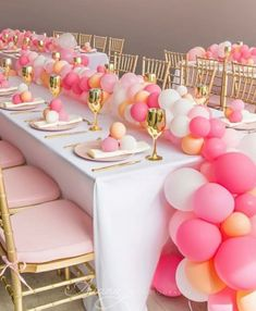 18 Ideas baby girl shower pink and gold bridesmaid dresses Birthday Balloon Decorations, Birthday Balloons, Balloon Table Centerpieces, Baby Birthday, 1st Birthday Parties, Pink Gold Birthday, Deco Ballon, Wedding Balloons, Pink Parties
