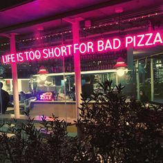 We couldn't agree more, life is too short for bad pizza and not having a custom neon sign. Violet Aesthetic, Neon Aesthetic, Custom Neon Signs, Led Neon Signs, Photo Wall Collage, Picture Wall, Pizza Sign, Neon Licht, Friendship Bracelets Designs
