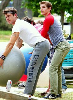 Zac Efron and Dave Franco... Those bootys tho!!!!!!!
