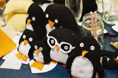 A slew of adorable hand-sewn penguins created at the launch for RECRAFT by Buttonbag (Sarah Duchars and Sara Marks) this past weekend! Buttonbag discusses more about their book launch party, and share photos and craft samples too!