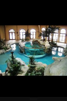 aquarium in pool