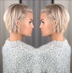 Krissa Fowles short blonde hair - Makeup İdeas For Wedding Popular Short Hairstyles, Short Bob Hairstyles, Hairstyles 2018, Layered Haircuts, Easy Hairstyles, Medium Hair Styles, Short Hair Styles, Side Bangs Hairstyles, Corte Y Color