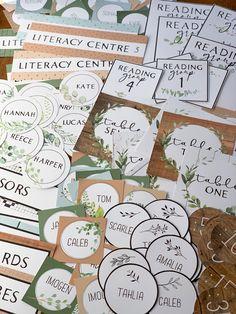 Elementary Classroom Themes, Preschool Classroom Decor, Daycare Themes, Classroom Labels, Classroom Decor Themes, Middle School Classroom, Classroom Design, Classroom Displays, Kindergarten Classroom